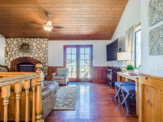 Treehouse Cottage with Spectacular Views - Cedar Glen vacation rentals
