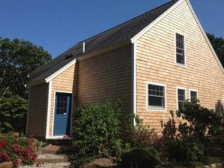 Sunny, Clean and Lovely Edgartown Post and Beam Vacation Home - Edgartown vacation rentals