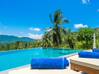 ABSOLUTE PRIVACY WITH OCEAN VIEWS ! - Lamai Beach vacation rentals