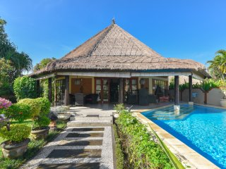 Villa Pelabuhan - Luxury View - Buleleng vacation rentals