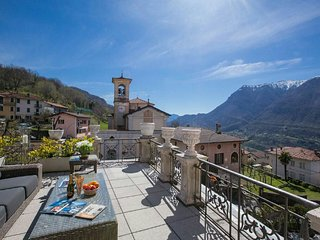 Charming 4 bedroom Villa in Carlazzo - Carlazzo vacation rentals