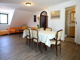 Venus Apartments-Grand center lodge - Split vacation rentals