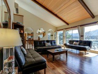 Dog-friendly waterfront home w/ dock & boat slip boasts amazing views! - Hayden Lake vacation rentals