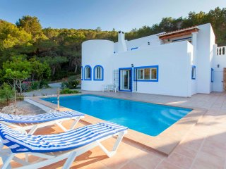 Secluded villa hidden in the hills of San Carlos with amazing views, pool & BBQ - San Carlos vacation rentals