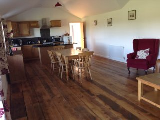 Cozy 2 bedroom Hertford Cottage with Internet Access - Hertford vacation rentals