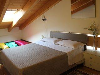 Apartments Le Zagare - Bilocale Mimosa - Domegliara vacation rentals