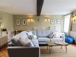 Home Farm Cottage, Barton On the Heath,  STUNNING NEW COTTAGE !! - Bourton-on-the-Hill vacation rentals