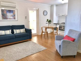1 bedroom Condo with Deck in Shenton Park - Shenton Park vacation rentals
