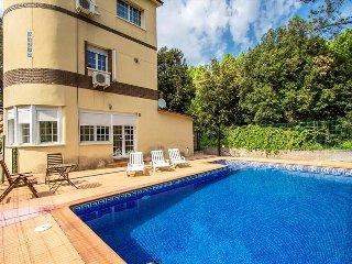 Lovely casa de Caldes de Montbui 30 minutes from Barcelona and the beach - Santa Eulalia de Ronsana vacation rentals