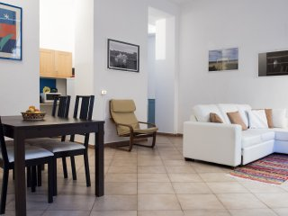 Beautiful 1 bedroom Apartment in Milan - Milan vacation rentals