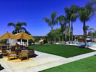 Amazing Vacation Home in Wine Country With Pool/Spa, Game Room, Huge Back Yard - Temecula vacation rentals