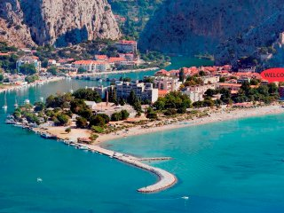 3 bedroom Apartment with Internet Access in Omis - Omis vacation rentals