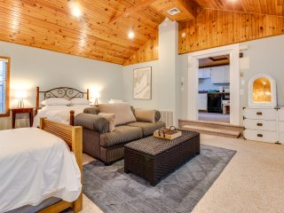 Cape Cod Charm in Falmouth Village - Falmouth vacation rentals