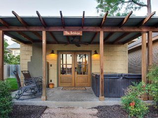 Dog-friendly home w/ a private hot tub, a fireplace, & more! - Luckenbach vacation rentals
