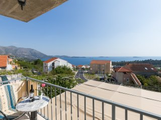 Apartment Maya - Two Bedroom Apartment with Balcony and Sea View - Mlini vacation rentals