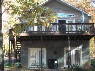 Waterfront Quiet Cozy Cottage on Beautiful Lake Gaston - Valentines vacation rentals