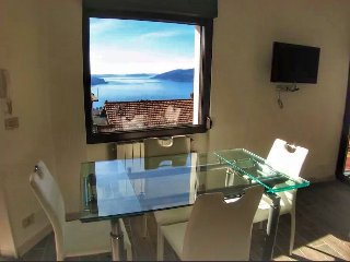 Gloria apartment in the historic center of Arizzano - Arizzano vacation rentals