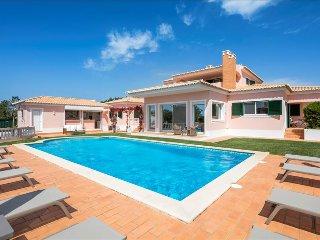 Villa Rosmaninho - 5 bedrooms, outdoor kitchen and stunning gardens. Close to - Lagoa vacation rentals