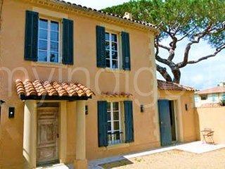 Villa climatisée 4 chambres avec jardin & parking - Saint-Tropez vacation rentals