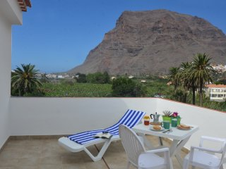 Comfortable 3 bedroom Apartment in Valle Gran Rey with Internet Access - Valle Gran Rey vacation rentals