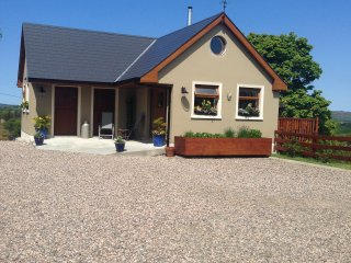 Cozy 2 bedroom Carrigart Cottage with Internet Access - Carrigart vacation rentals