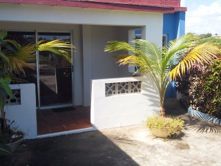 Mike,s Holiday Apartments, 1-bedroom apartment - Silver Sands vacation rentals