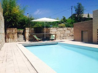 Charming 6 bedroom Chaves House with Internet Access - Chaves vacation rentals