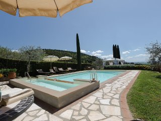 Nice House with Deck and Internet Access - Villamagna vacation rentals