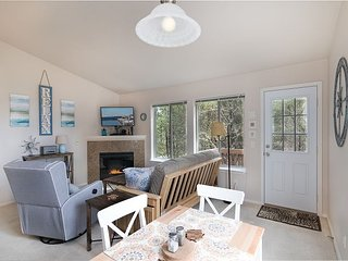 Ideal Location! Walk to beach/downtown,Pets, Bk 2 Get 2 Nts FREE! SandyToes - Long Beach vacation rentals