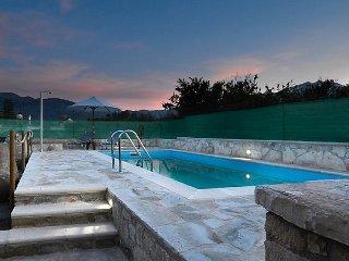 3 bedroom Villa in Vrisses, Crete, Greece : ref 2379919 - Exopoli vacation rentals