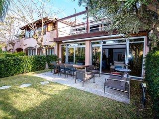 2 bedroom Villa in Portorosa, Sicily, Italy : ref 2380013 - Furnari vacation rentals