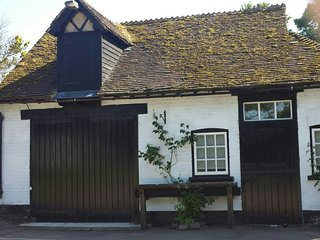 Holiday let .A converted coach house along side The Haywain public house - Wingham vacation rentals