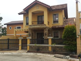 Affordable and Beautiful Italian inspired villa - Bacoor vacation rentals