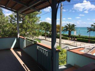 Alto Jonio Cosentino, Appartamenti sul Mare (C) - Montegiordano vacation rentals