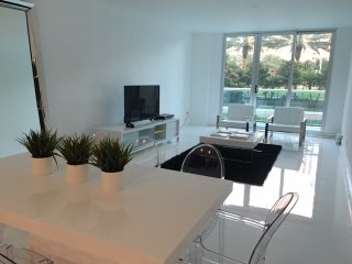 Modern, spectacular 3 bedroom apartment across from beach! - Sunny Isles Beach vacation rentals