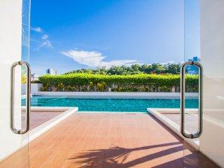 2 Bedroom Apartment Hyde Park Residence Jomtien - Pattaya vacation rentals