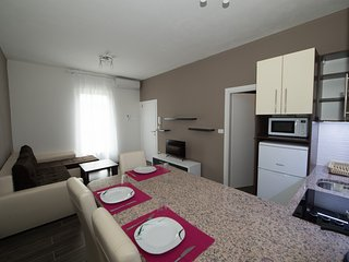 Cozy 2 bedroom Apartment in Medjugorje with Internet Access - Medjugorje vacation rentals