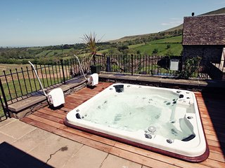 Lovely 5 bedroom House in Velindre - Velindre vacation rentals