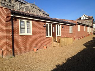 Comfortable 1 bedroom Worstead House with Internet Access - Worstead vacation rentals