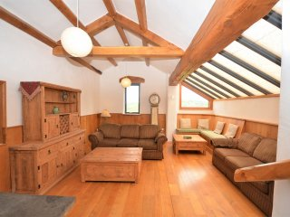 Comfortable House with Internet Access and Fireplace - Porthyrhyd vacation rentals