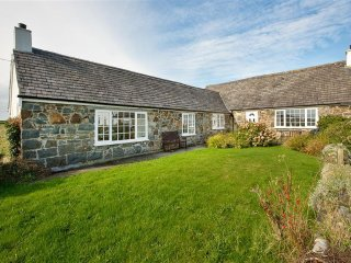 2 bedroom Cottage with Television in Llanengan - Llanengan vacation rentals