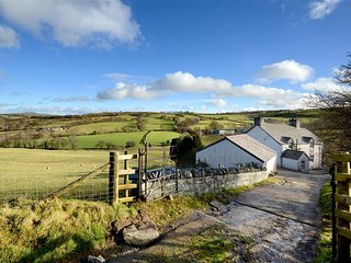 Lovely Cottage with Internet Access and Television - Llansannan vacation rentals