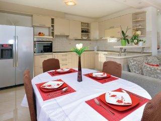 6 bedroom Villa in Split-Solin, Split, Croatia : ref 2380460 - Vranjic vacation rentals