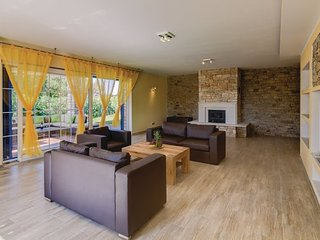 5 bedroom Villa in Umag, Umag, Croatia : ref 2381871 - Gamboci vacation rentals