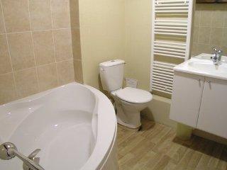 13 bedroom Villa in Saint Medard de Mussidan, Dordogne, France : ref 2381988 - Saint-Medard-de-Mussidan vacation rentals
