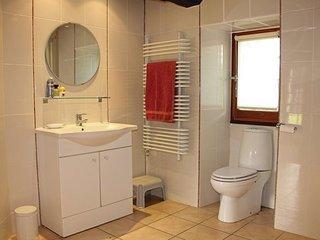 5 bedroom Villa in Nanteuil-de-Bourzac, Dordogne, France : ref 2382009 - Bouteilles-Saint-Sebastien vacation rentals