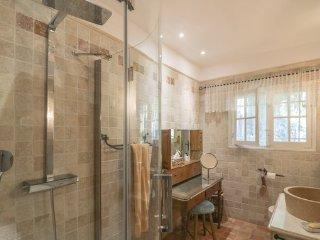 3 bedroom Villa in Cabris, Alpes Maritimes, France : ref 2382026 - Cabris vacation rentals