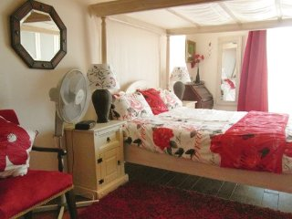 4 bedroom Villa in St Andre de Roquelongue, Aude, France : ref 2382093 - Saint-Andre-de-Roquelongue vacation rentals