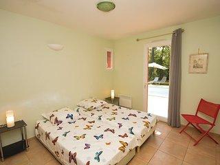 4 bedroom Villa in Saint Paul en Foret, Var, France : ref 2382094 - Saint-Paul-en-Foret vacation rentals