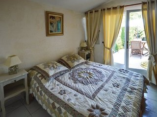 3 bedroom Villa in Tourrettes sur Loup, Alpes Maritimes, France : ref 2382145 - Tourrettes-sur-Loup vacation rentals